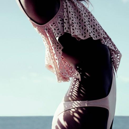 Ảo thuật cho đôi chân đẹp và cách làm eo thon