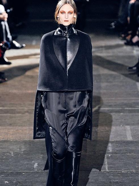 Bí mật bóng đêm - Thời trang Gothic