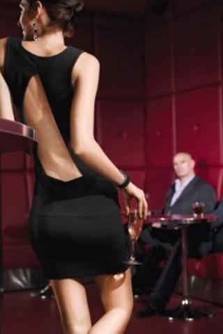 Câu chuyện quán bar, rượu và đàn ông vốn nguy hiểm khi ở gần nhau