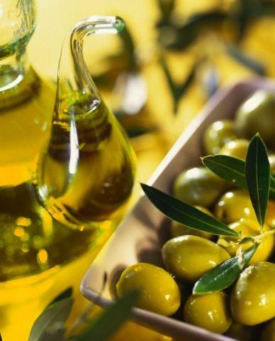 Tẩy trang với dầu olive