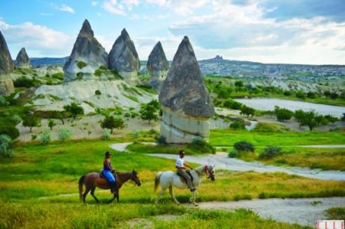Mải mê khám phá mọi thứ ở Cappadocia