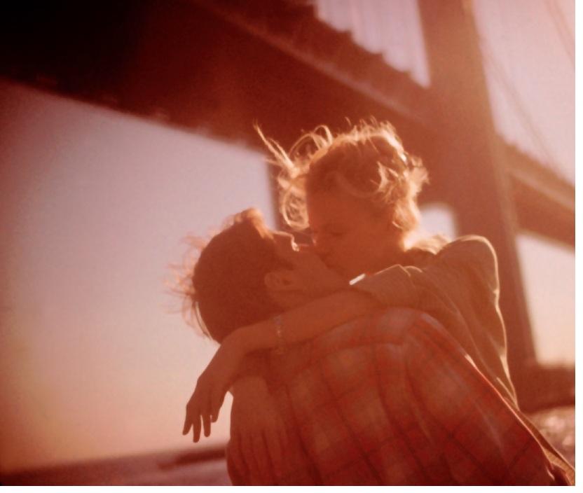 Vì sao tỉ lệ phụ nữ độc thân ngày càng cao?
