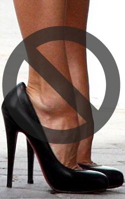 2. Không chọn giày rộng quá