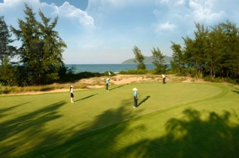 giai-vo-dich-golf-tre-quoc-gia-tn