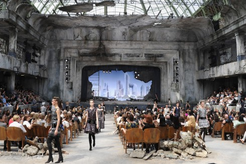 Tin10_Grand-Palais-chanel-haute-couture-autumn-W-2013