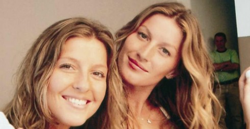 Patricia, chị sinh đôi của Gisele Bündchen. Là quản lý của Gisele.