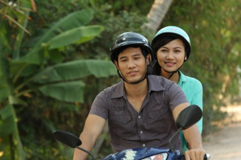 Thanh Thức và Kim Va - bạn diễn trong phim.