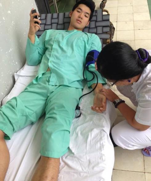 Trương Nam Thành bị đứt dây chằng trong một cảnh quay.
