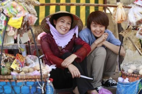 Tạo hình của Phương Thanh và Minh Hằng trong phim.