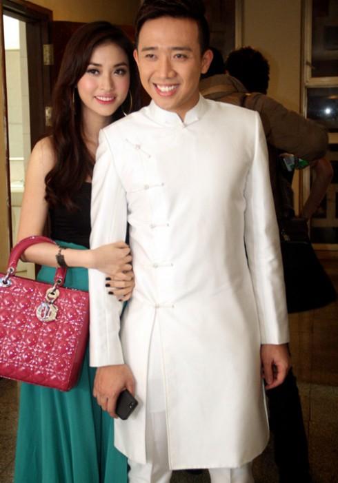 Trấn Thành và bạn gái Mai Hồ.