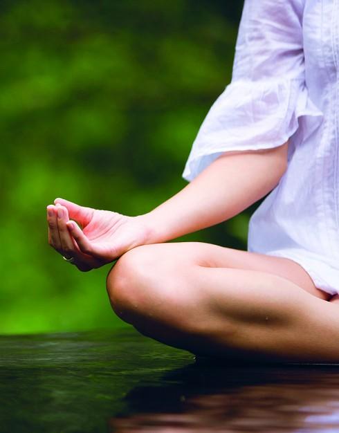 Tập thể dục và Yoga để giảm stress