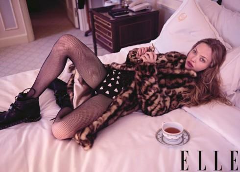 Trong số tháng 8 này, Amanda Seyfried cũng chia sẻ về nhân vật Linda trong bộ phim Lovelace sẽ ra mắt trong thời gian sắp tới.