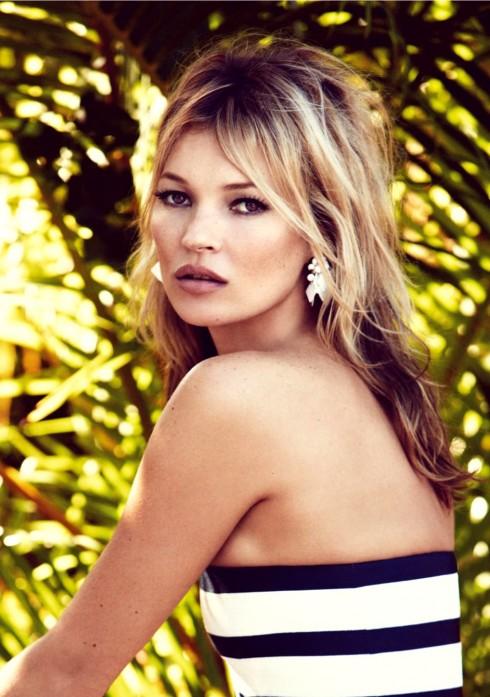 Tất nhiên, trong danh sách này không thể thiếu Kate Moss (5,7 triệu USD) khi cô tham gia hàng loạt chiến dịch quảng cáo của các thương hiệu tên tuổi cũng như có dòng nữ trang, mỹ phẩm riêng.