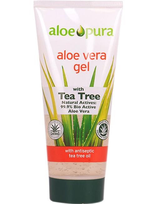 3. Làm dịu da với gel lô lội (Aloe Vera Gel) có chứa tinh chất trà. Đây là một sản phẩm rất phổ biến, giá rất phải chăng của Anh và có thể sử dụng cho nhiều mục đích. Lô hội lập tức làm mát và làm dịu da, đồng thời cũng dưỡng ẩm cho da.