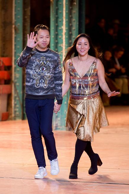 Hai nhà thiết kế Humberto Leon và Carol Lim