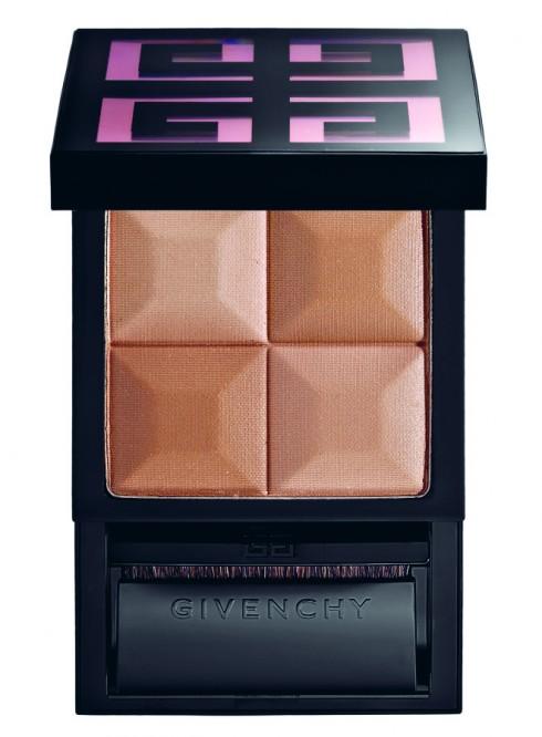 Phấn phủ tạo độ sáng cho gương mặt Givenchy