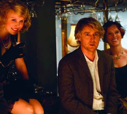 <b>Midnight in Paris</b><br/>Một bộ phim đưa ta từ thế giới thượng lưu trong hiện tại về với thập niên 1920 tràn ngập âm nhạc, tiệc tùng và những cô gái flapper yêu kiều ở Paris.