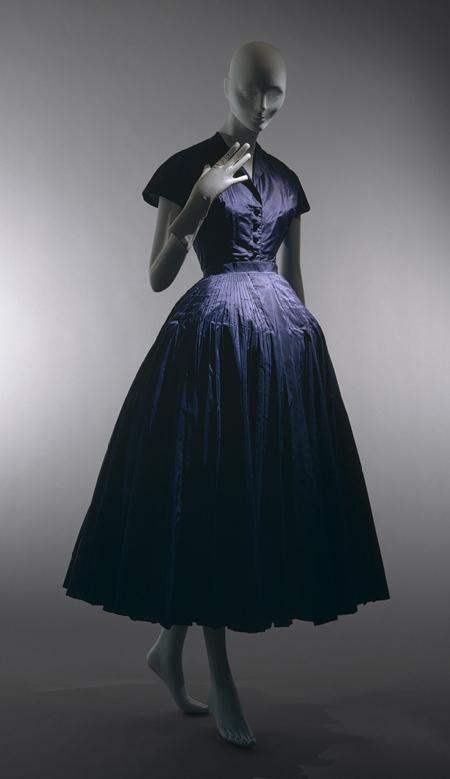 Mẫu đầm Cherie thuộc bộ sưu tập Dior năm 1947