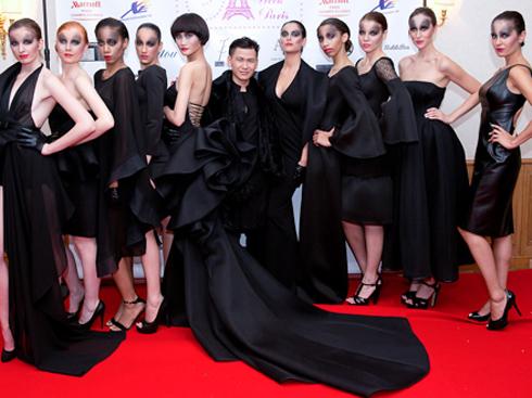 Hoàng Minh Hà và các người mẫu trong BST Black Rose