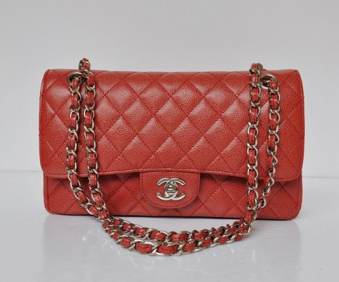 7. CHANEL 2.55c<br/>Thiết kế: Coco Chanel, năm 1955