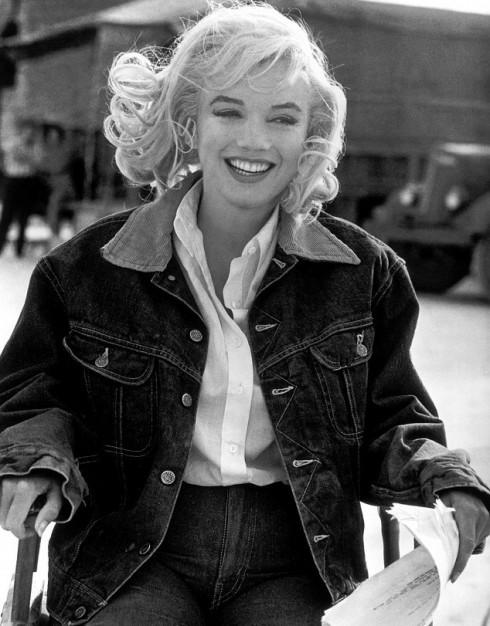 Marilyn Monroe trên phim trường The Misfits