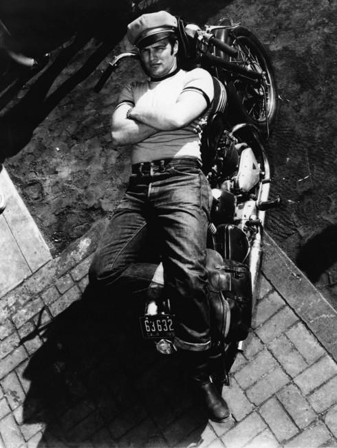 Marlon Brando trong phim The Wild One