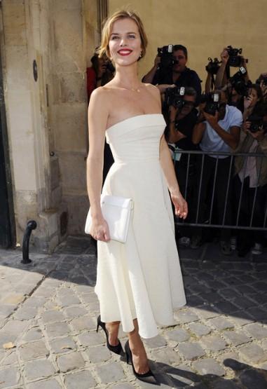 Siêu mẫu Eva Herzigova tại show diễn của Dior với vai trò khách mời đặc biệt