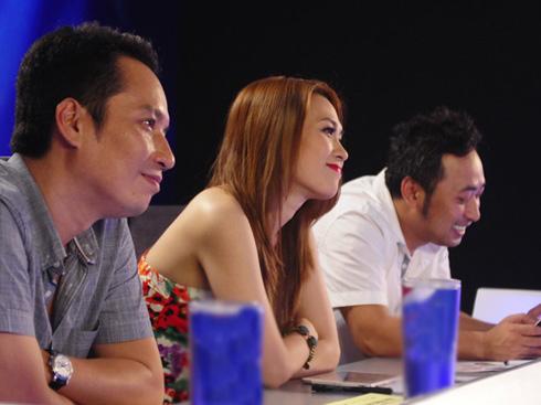 Bộ 3 giám khảo Anh Quân, Mỹ Tâm và Nguyễn Quang Dũng