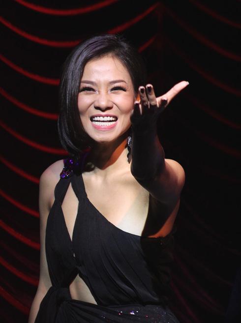 Giám khảo khách mời Thu Minh cho Vietnam Idol 2013