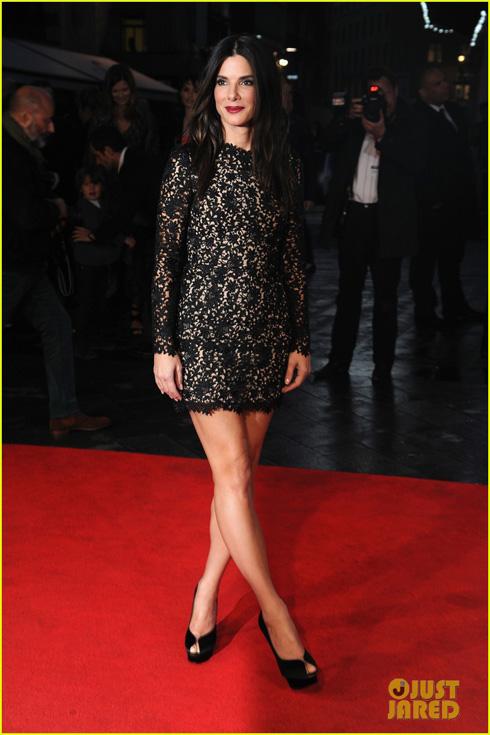 <br/>Nữ diễn viên Sandra Bullock trẻ đẹp rạng ngời trong buổi ra mắt phim Gravity tại London, Anh