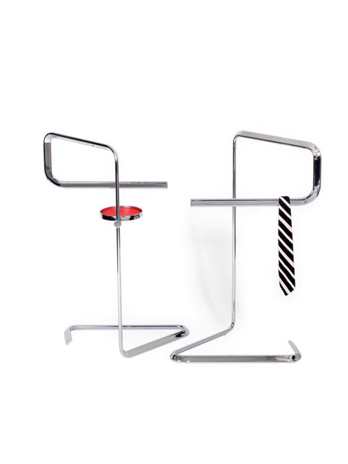Giá treo<br/>Được làm từ inox, chiếc giá treo có thể đặt ở mọi nơi. Bạn có thể treo cà vạt, thắt lưng, để khăn tay... Đây là mẫu thiết kế của TECTA, sẽ được giới thiệu vào tháng 01/2013 tại triển lãm nội thất quốc tế Imm 2013 tại Cologne (Đức).