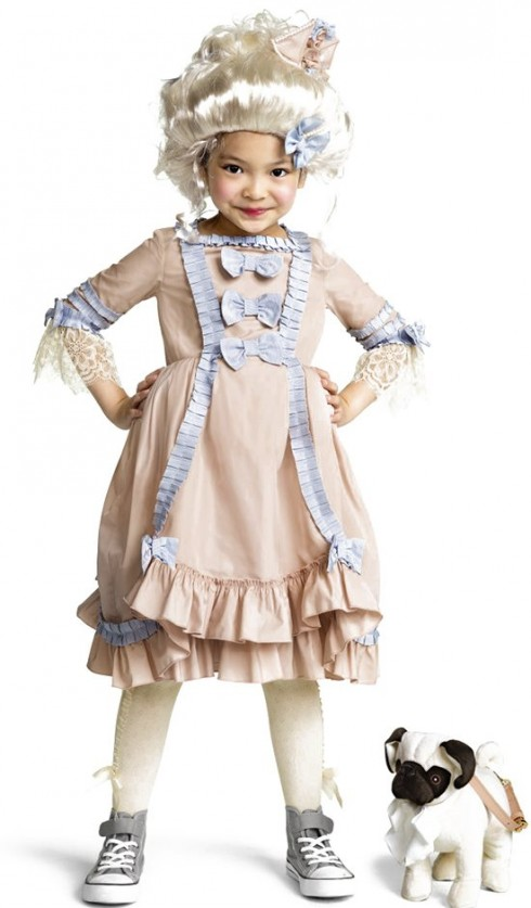 Trang phục Marie Antoinette (hoàng hậu nước Áo)