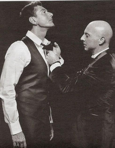 Hình ảnh từ quyển sách 20 years of Dolce Gabbana for Men, giới thiệu lịch sử thương hiệu này qua ảnh (2010)