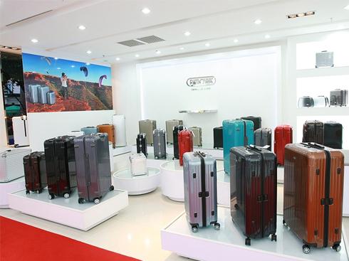 Những chiếc vali Rimowa với thiết kế tinh xảo