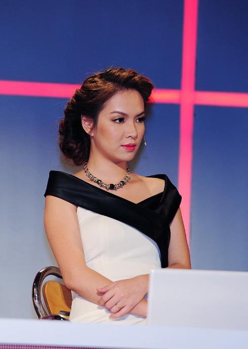 Đan Lê trên ghế nóng Ngôi sao thiết kế thời trang liveshow 1