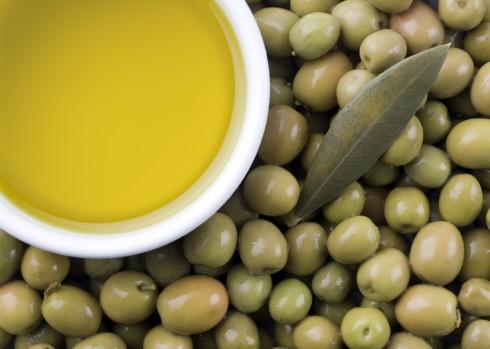 hair-olive-oil