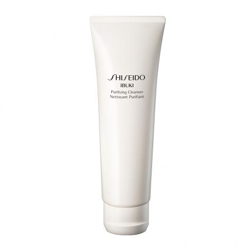1. Rửa mặt<br/>Sữa rửa mặt Ibuki của Shiseido không chỉ làm sạch mà còn tái tạo độ ẩm tự nhiên cho tế bào