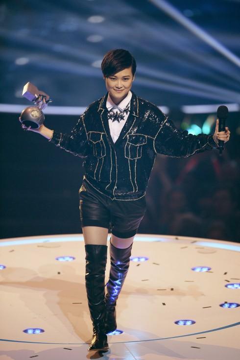 Ca sĩ Trung Quốc Lý Vũ Xuân đoạt giải Worldwide Act. Đây là năm thứ 3 nghệ sĩ châu Á đoạt giải này. Lý Vũ Xuân không quên tỏ lòng cảm ơn tất cả những khán giả đã yêu thích âm nhạc Trung Hoa khi nhận giải.