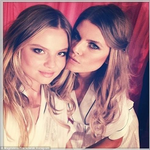 Magdalena và Maryna trước ống kính