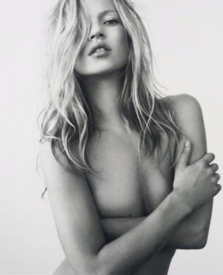 Đến năm 2008, những hình ảnh này được bán đấu giá với giá 31 ngàn đô.