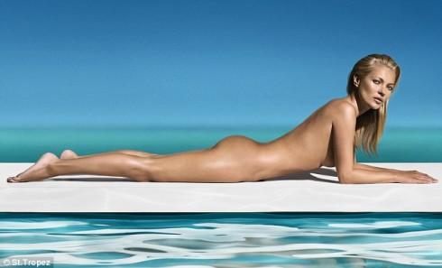 Hình ảnh của Kate Moss khi là gương mặt đại diện cho nhãn hiệu thuốc nhuộm da St Tropez