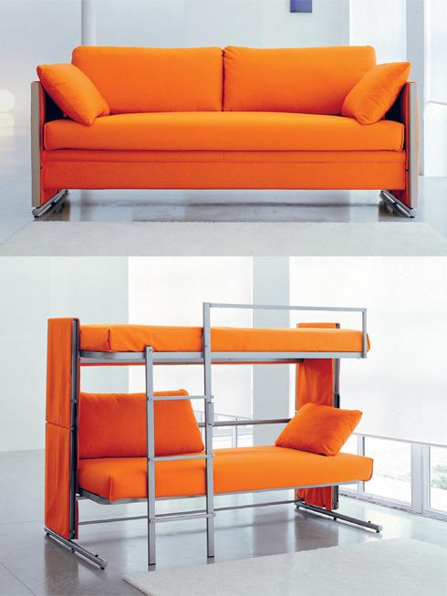 Và nếu chiếc sofa giường đã trở thành quá quen thuộc, thì nhà thiết kế Giulio Manzoni sẽ cho bạn thấy một chiếc sofa có thể biến thành hai cái giường chứ không phải một. Mẫu ghế sofa này đặc biệt thích hợp với những người thuê nhà chung, hoặc cho hai anh/chị em chia sẻ phòng ngủ. Ban ngày, họ có chiếc sofa để ngồi đọc sách, xem ti-vi, ban đêm, họ sẽ có chiếc giường tầng vững chắc để ngủ.