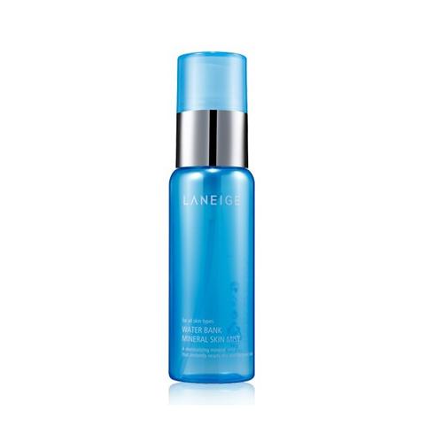 Sản phẩm gợi ý: Xịt khoáng Laneige Water Bank Mineral Skin Mist