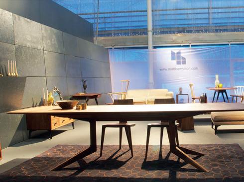 Ở hội chợ, sự hòa trộn giữa các trào lưu được thể hiện rõ trong thiết kế của từng sản phẩm.