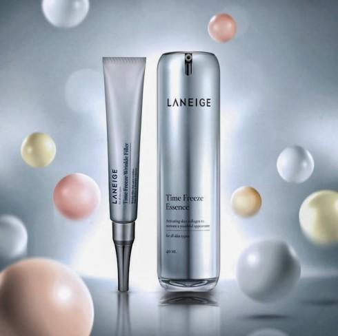 Tinh chất chống lão hóa da toàn diện và kem đặc trị nếp nhăn sâu Time Freeze của Laneige.