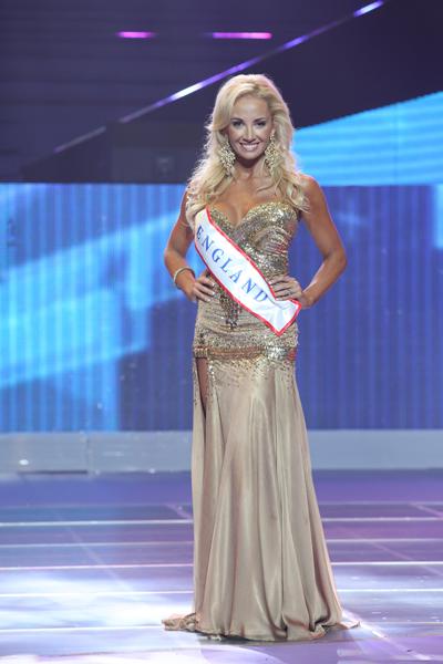 Người đẹp Anh Robyn Morrison giành ngôi Á hậu 1
