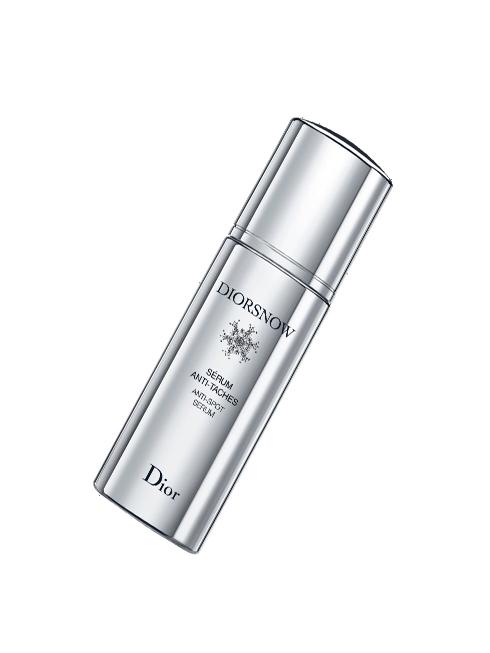 Sensual Star<br/>Diorsnow Anti-Spot Serum – Dior: Sự hình thành các đốm nâu là do thiếu hụt filaggrin, một loại protein đặc biệt trong da, giúp hạn chế sự sản sinh của melanin. Tinh chất Diorsnow Anti-spot Serum tập trung vào những vùng bị nám và giải quyết sự thiếu hụt filaggrin nhờ hợp chất Nước Băng Tan và chiết xuất hoa cẩm quỳ. (2.940.000 VNĐ)