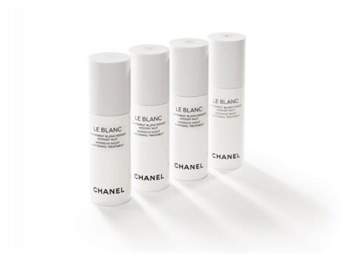 Innovative Star<br/>Le Blanc Intensive Night Whitening Treatment – Chanel: Bộ sản phẩm dưỡng trắng vào ban đêm chứa phân tử TXM™ giúp điều chỉnh quá trình sản sinh melanin, ngăn ngừa những đốm nâu mới và điều chỉnh hiện tượng tăng sắc tố da. Butinol™ tác động vào quá trình chuyển đổi của melanin, ngăn cản quá trình oxy hóa. (7.769.000 VNĐ)