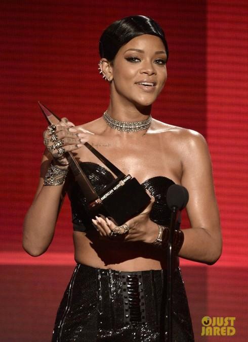 Ca sĩ Rihanna