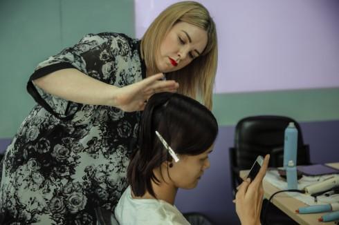 Chuyên gia tóc Violet Sansburry đến từ Morrocanoil